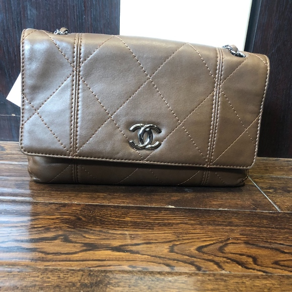 CHANEL Handbags - Authentic Chanel hobo brown quilted calfskin